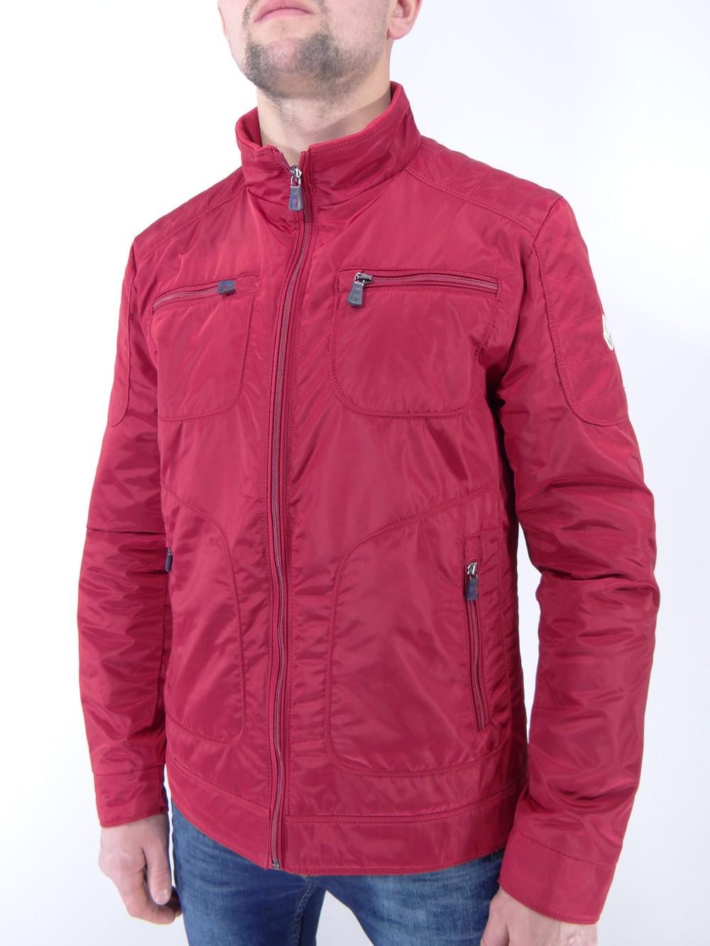Легкая куртка Moncler
